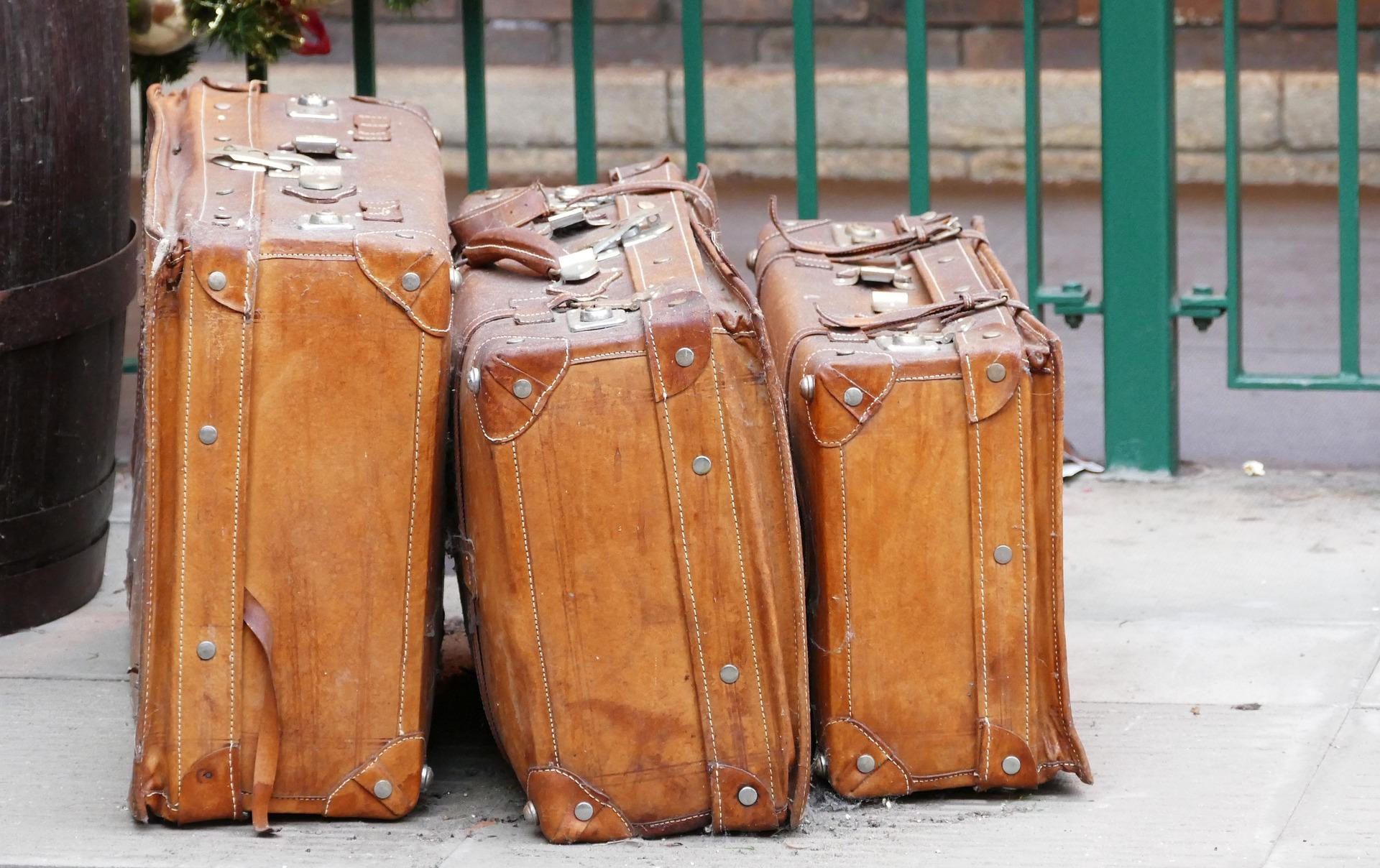 Luggage. Credit: Inspiredimages / Pixabay. Licenza: CC0.