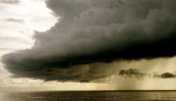 fronte di nuvole