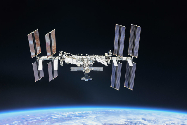 La Stazione Spaziale Internazionale il 4 ottobre 2018. Credit: NASA / Roscosmos. Licenza: CC BY-NC-ND 2.0.