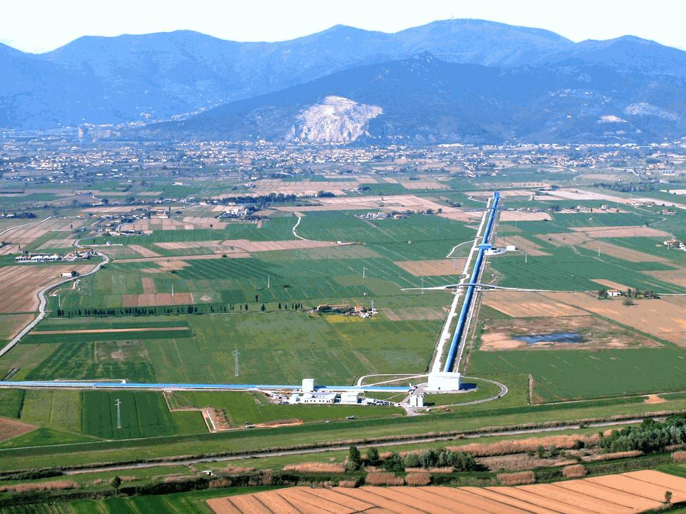 L'interferometro Virgo vicino Pisa. Credit: collaborazioe Virgo.