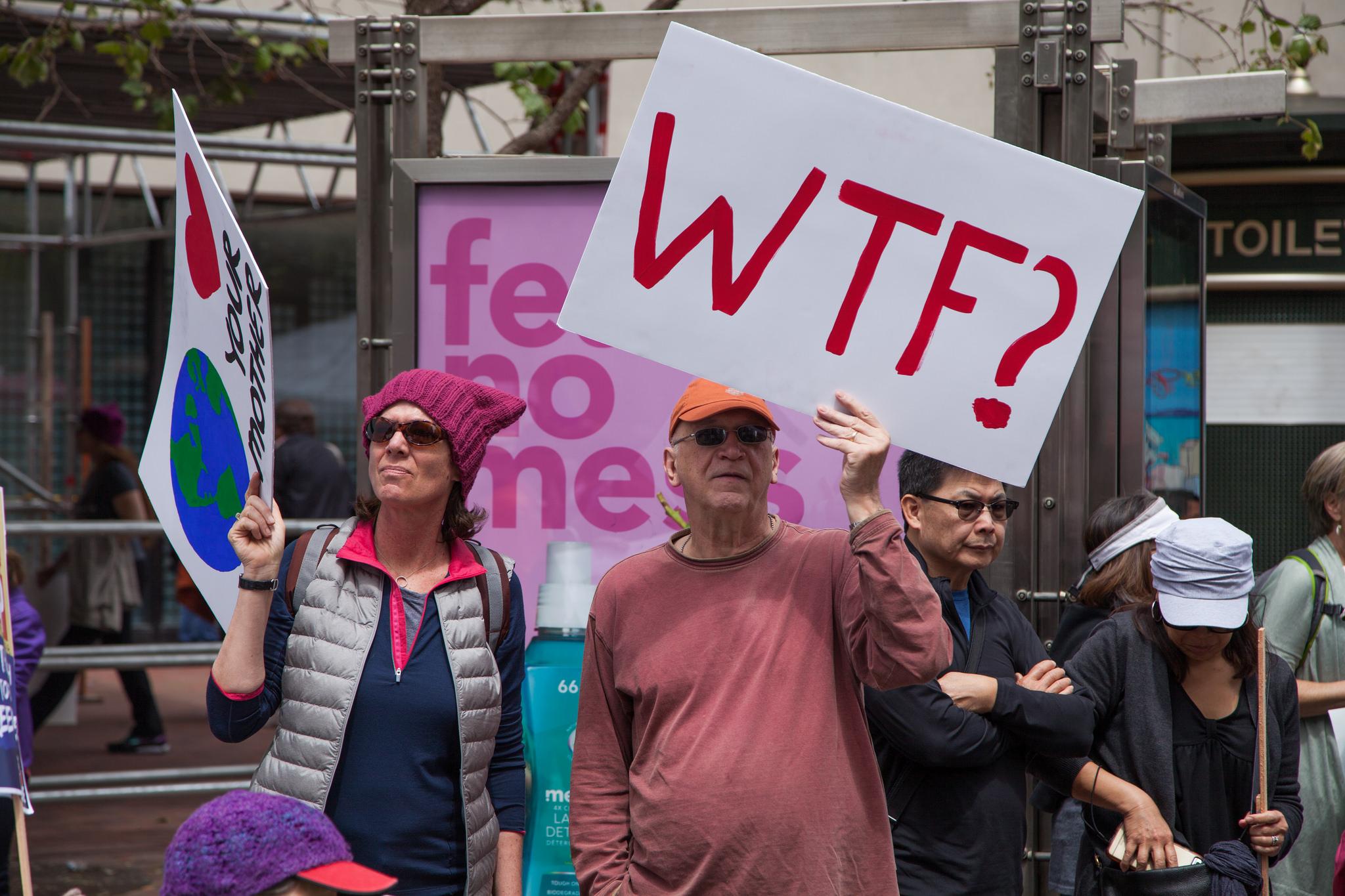 Foto scattata durante la March for               Science a San Francisco, California, il 22 aprile               2017. Credit: Matthew Roth / Flickr. Licenza: CC BY-NC 2.0.